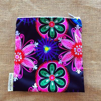 bright-flowers-sandiwch-bag